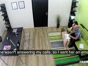 Начальник и его жена на собеседовании развели на секс молодую секретаршу