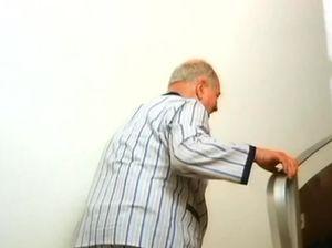 Медсестры с большими сиськами занимаются сексом в больнице