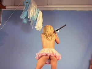 Грудастые порно звезды зажигают голые на вечеринке