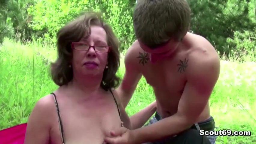 Трахают невесту по кругу порно видео, с быстрой загрузкой куни смотреть
