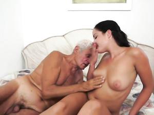 Порно старые седые жопы видео 138