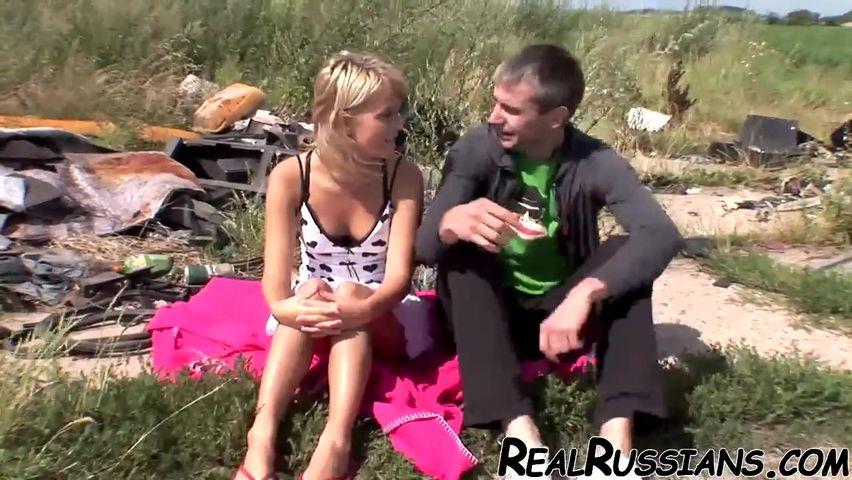 Бесплатно свалка порно отец и дочь