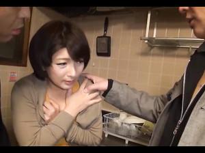 dominirovanie-yaponki-video